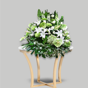 MODERN GREEN AND WHITE FLOWER BASKET