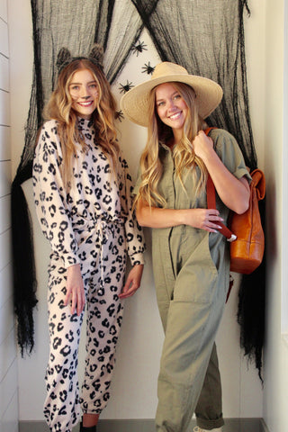 Easy costume with normal clothes idea: The safari goer and leopard Halloween costume using Niche+Co clothes