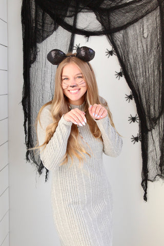 Mouse costume for easy costumes with normal clothes on Nicheandco blog