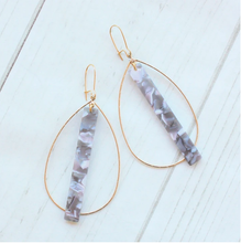 Load image into Gallery viewer, ACRYLIC BAR ON DOUBLE BALE HOOP EARRINGS