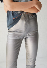 Load image into Gallery viewer, PHOENIX COATED SKINNY JEAN