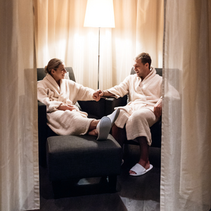 $850 Gift Voucher For Couple's Escape at the CHI, The Spa