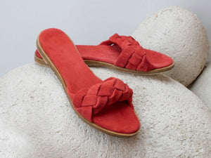 lamano artisan slides in red leather plaited by hand