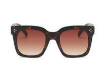 Load image into Gallery viewer, Oversized Tortoise Sunglasses