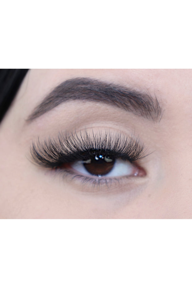The Charmer Eyelashes - Bloom By Lovlie
