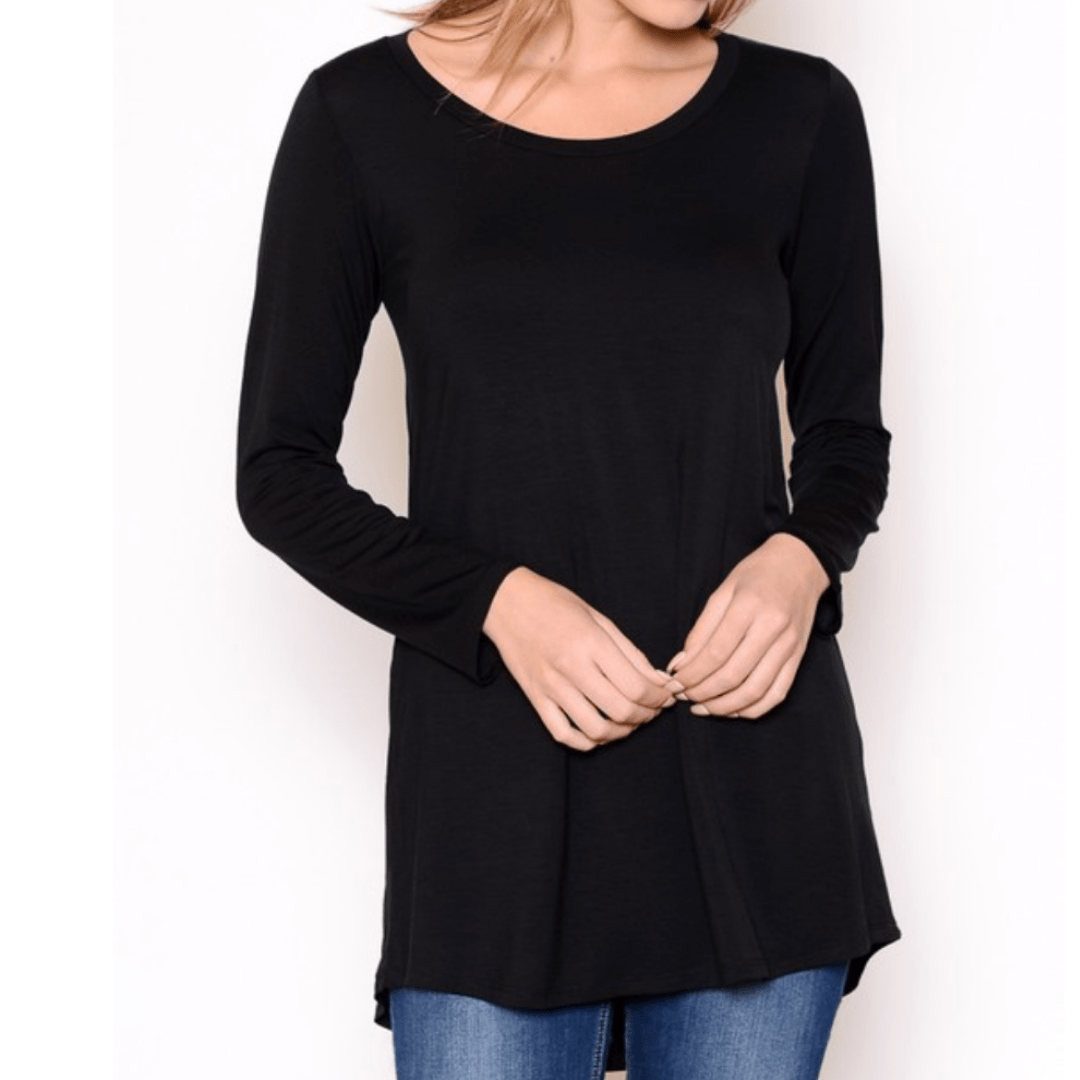 Black long sleeve scoop neck shirt