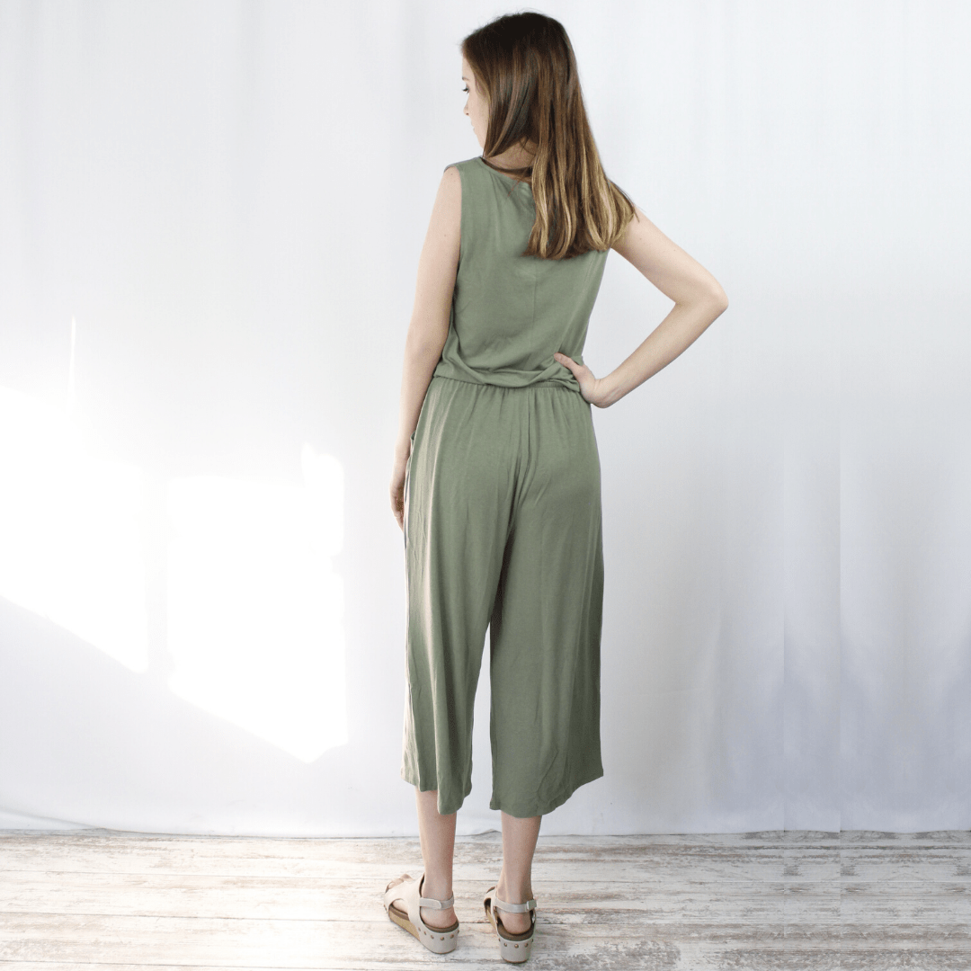 Sleeveless Pocket Jumpsuit