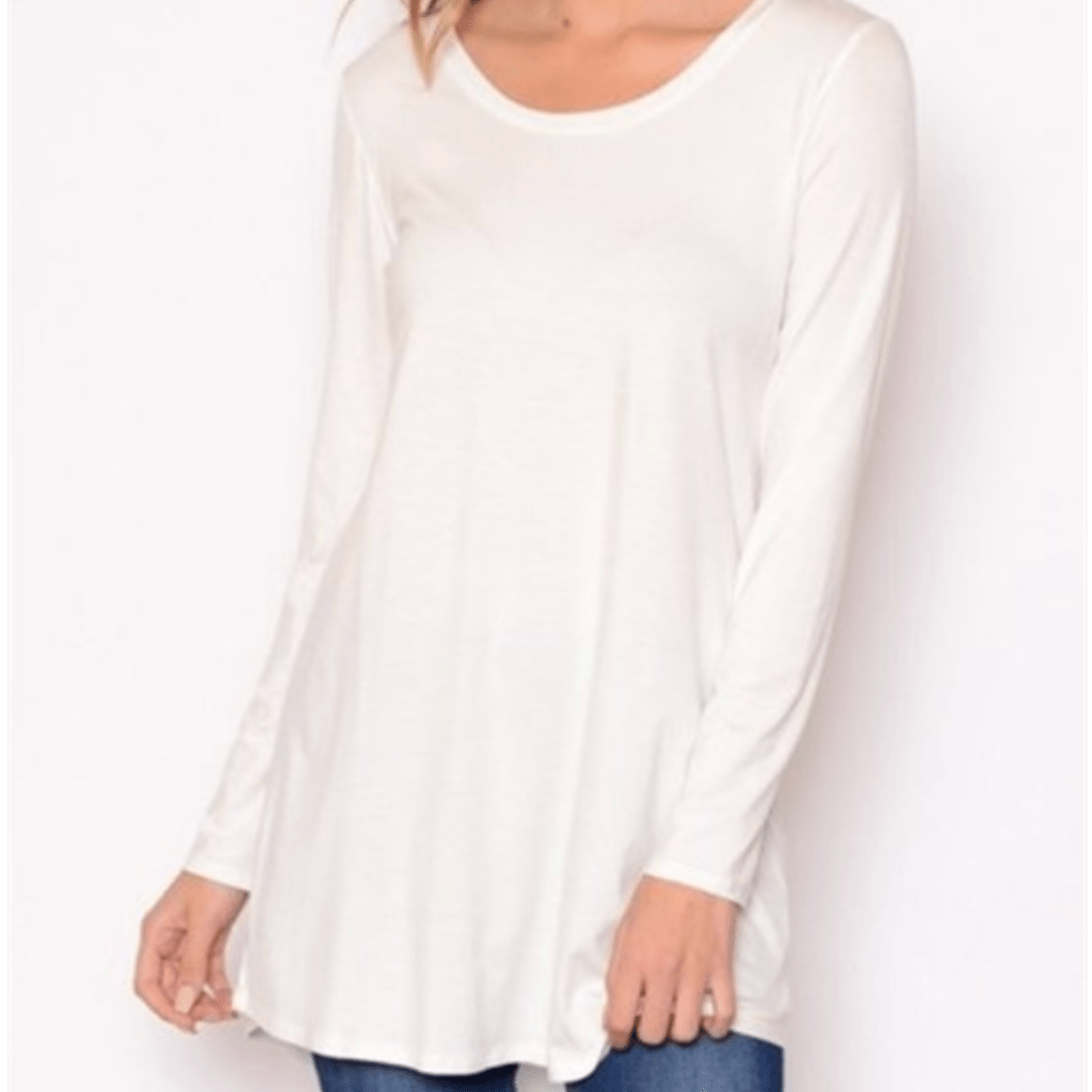 White long sleeve scoop neck shirt