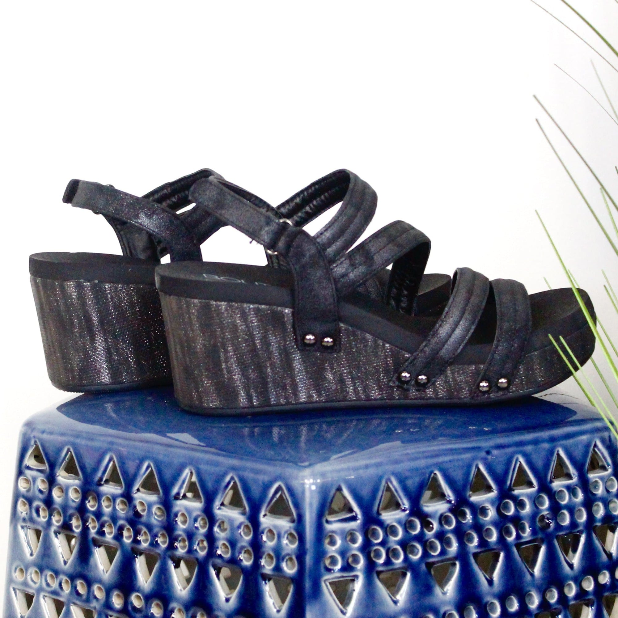 Black Metallic Lifeguard Wedge