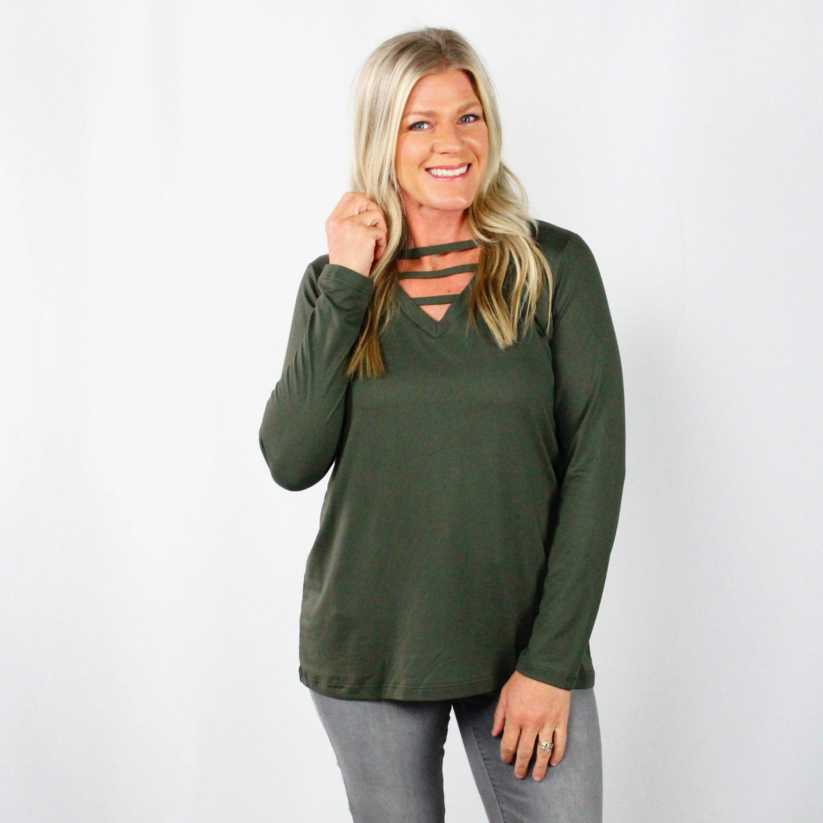 Basic Neck Detail Top
