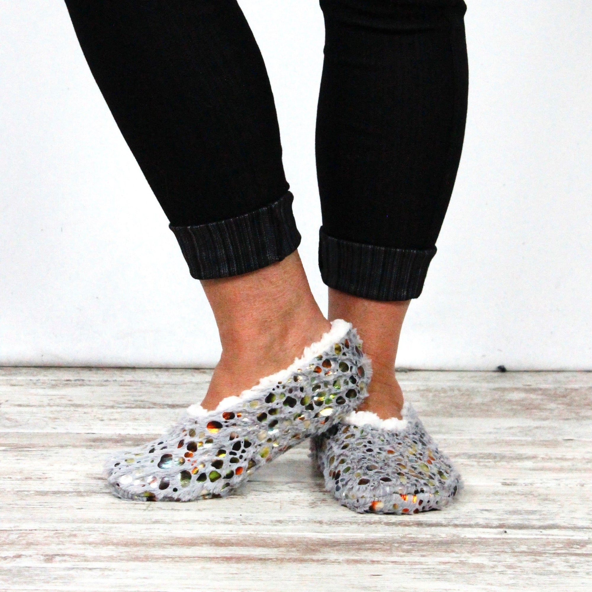 Women's Metallic Print Slipper