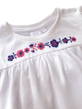 Load image into Gallery viewer, Girls Floral Cotton Pyjamas