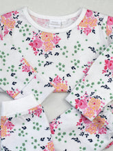 Load image into Gallery viewer, Baby Pink Floral Print Pyjamas with Integrated Scratch Mitts