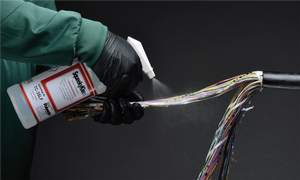 Telecom cleaners for fibres