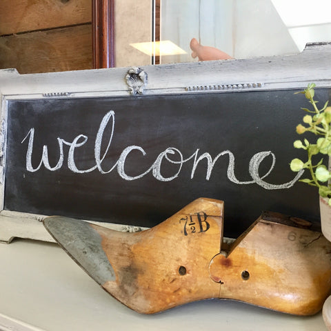Welcome to Vintage Hip Decor
