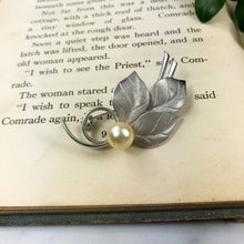 Load image into Gallery viewer, Silver Leaf Brooch - Womans Lapel Pin Fashion Jewelry