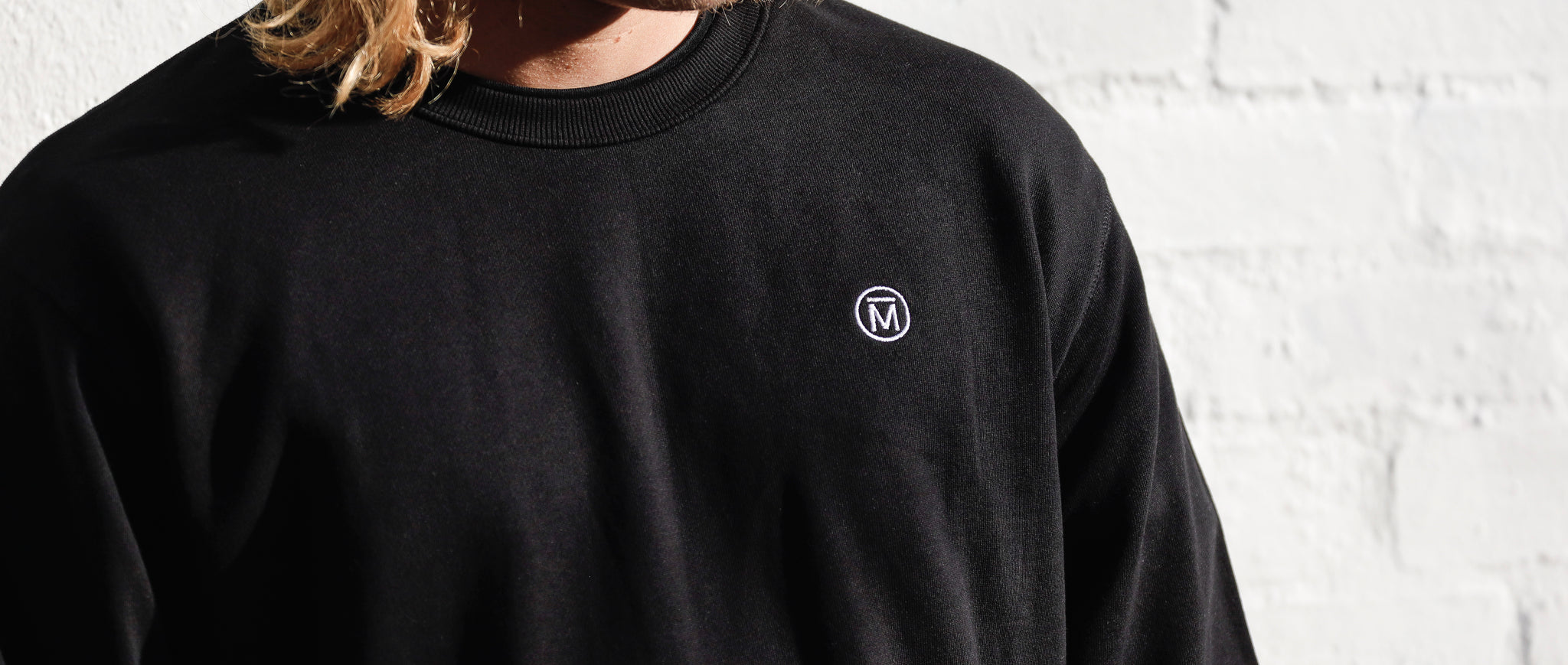 Mendl Hampton Black Sweater