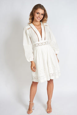 Dream of Barcelona White Deep V Summer Dress Clothing m-usefashion