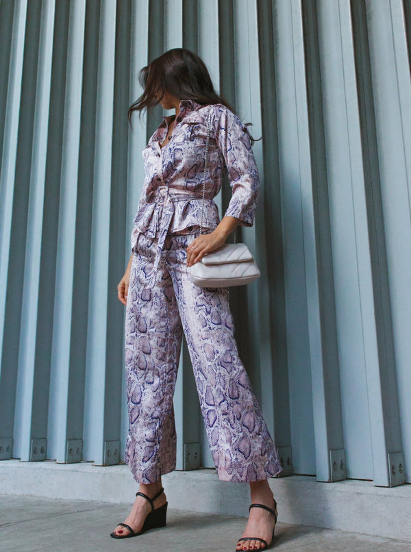 Snake A Pose Wide Leg Pants Clothing m-usefashion S Snake Pink