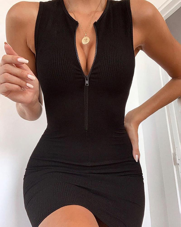 Solid Zipped Sleeveless Bodycon Dress