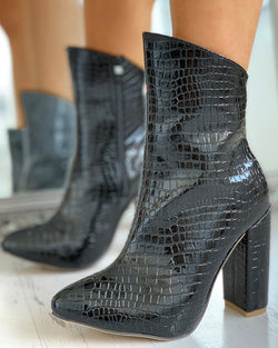 PU Pointed Toe Chunky Heeled Ankle-Boot