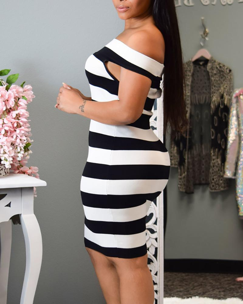 Off Shoulder Colorblock Striped Bodycon Dress