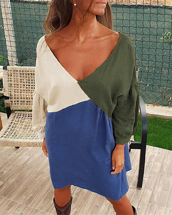 V Neck Colorblock Insert Batwing Sleeve Dress