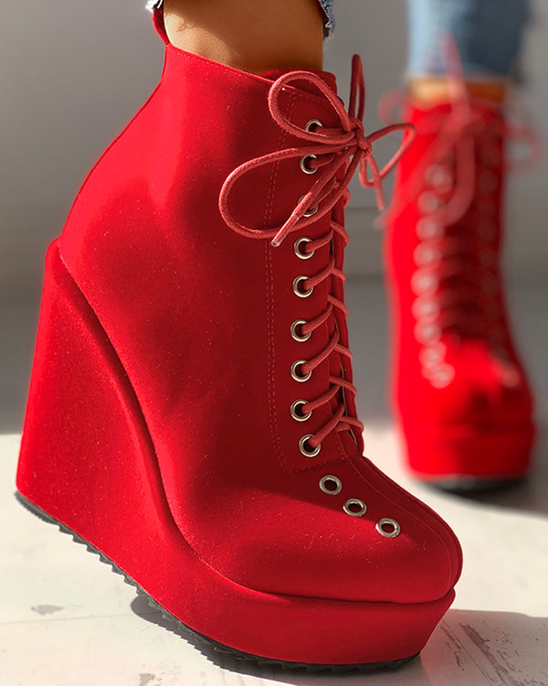 Solid Eyelet Lace-Up Platform Wedges Boots