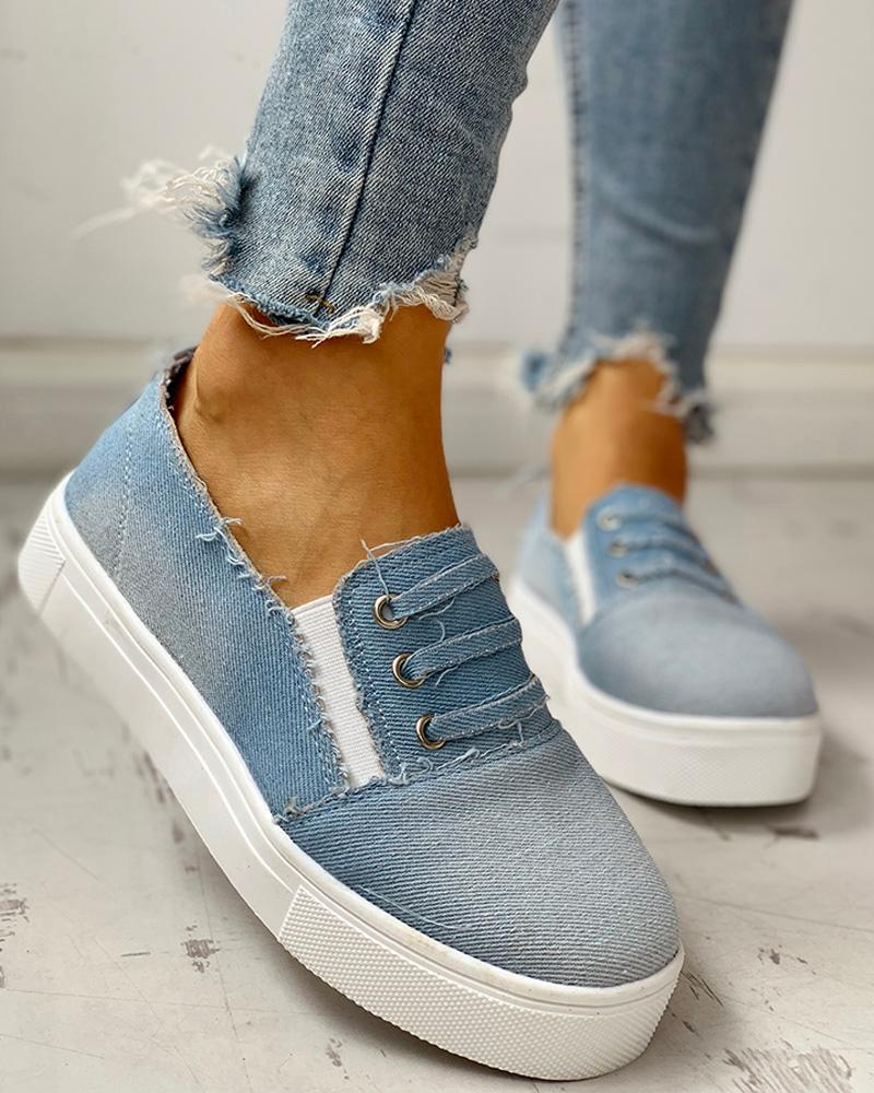 Eyelet Detail Flat Casual Shoes