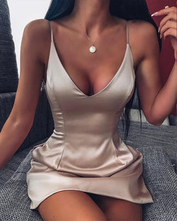 Champagne Scoop Neck Strappy Satin Dress