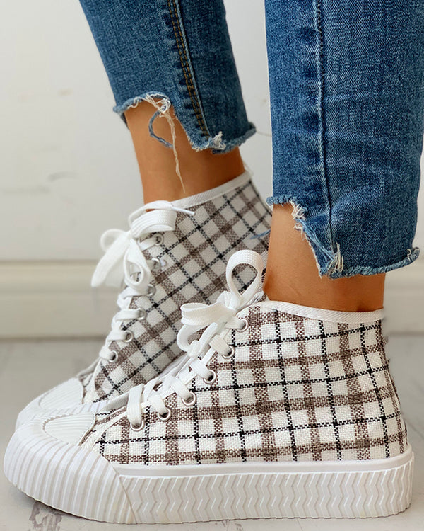 Grid Design Lace-Up Casual Sneakers