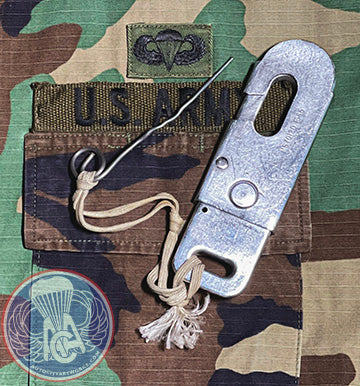 Static Line Snap Hook Assembly w/ Safety Pin and Lanyard
