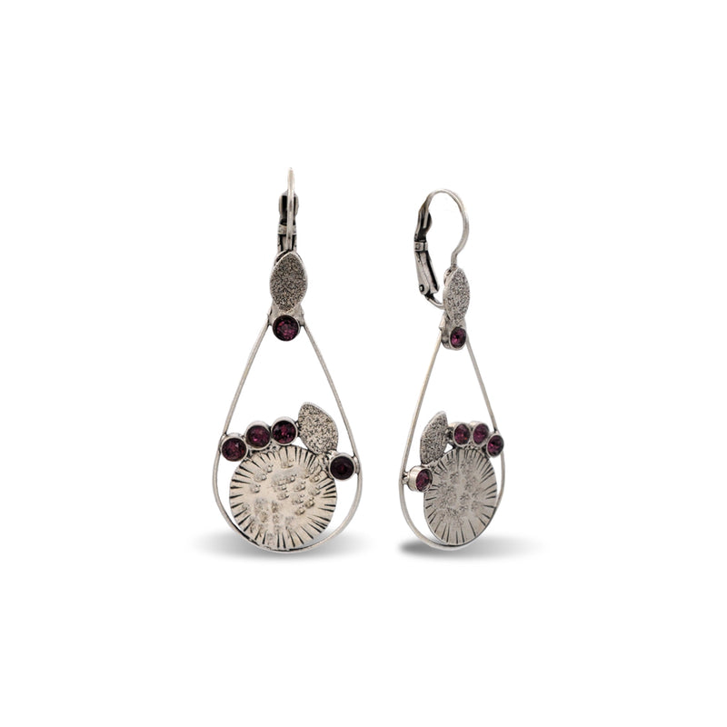 Drop shape hand hammered gold earrings with amethyst crystals