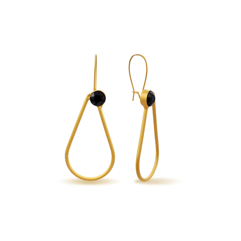 Drop shape gold earrings with black onyx