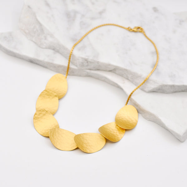 Hammered gold linked necklace