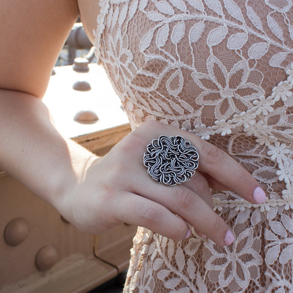 silver statement ring with wire round disc