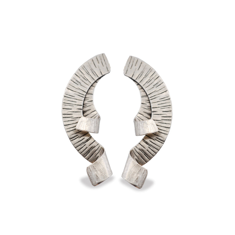 Hammered silver half-wreath earrings with curves