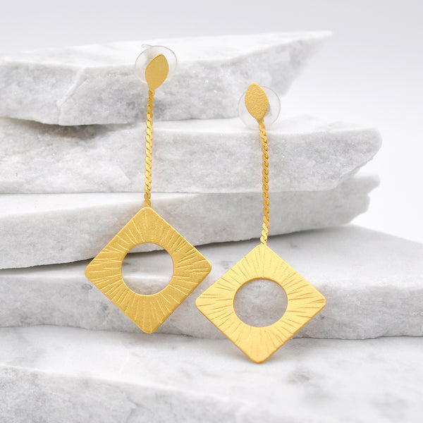 Gold rhombus Dangle Earrings