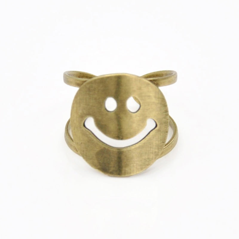 Smiley face ring bronze