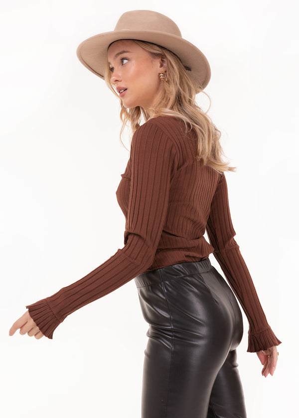 CUTE BASE TOP | SADDLE BROWN
