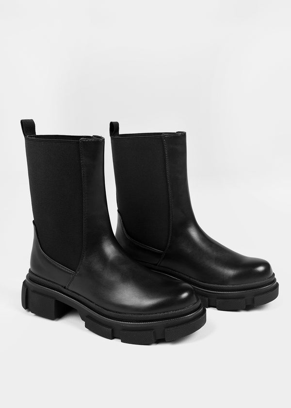 LUCKY CHELSEA BOOTS