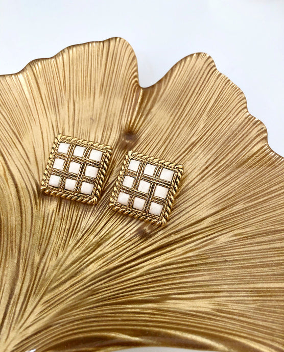 Vintage clip on earrings, off white and gold, squared shape