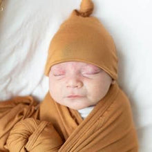 Load image into Gallery viewer, Swaddle Blanket & Baby Hat (Newborn - 3 mo.)