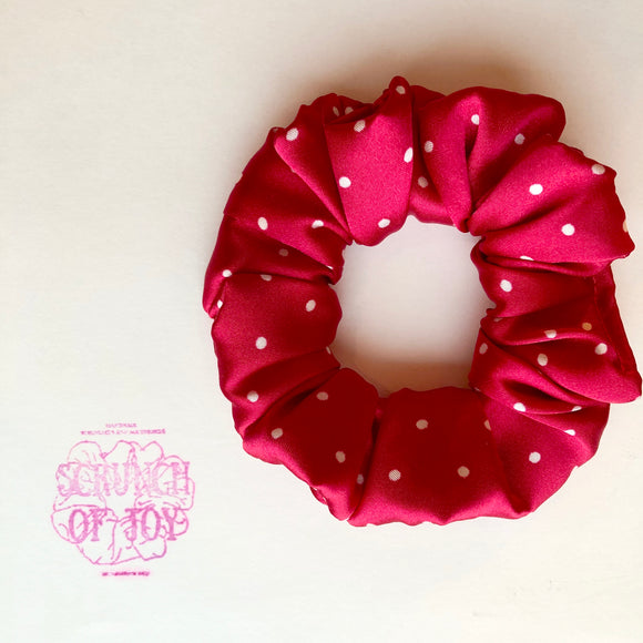 Red and White Polka Dot Classic Scrunch
