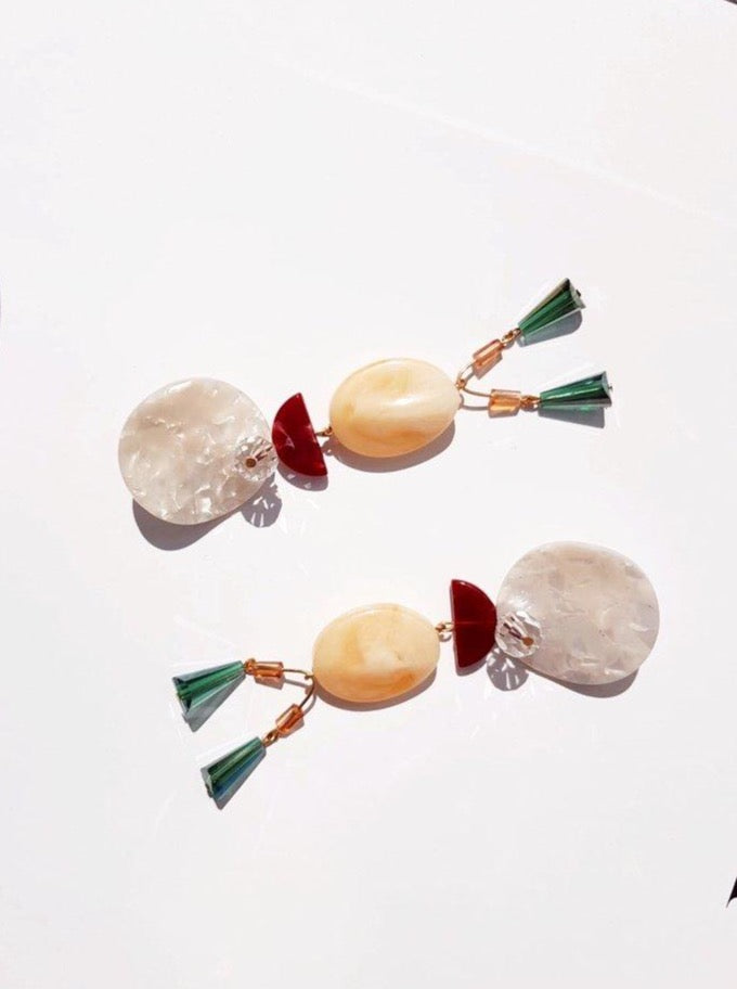 Málaga Resin Dangling Earrings