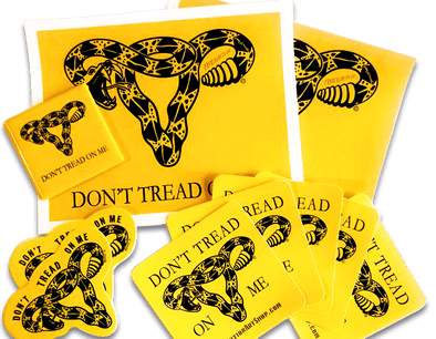 Revolution Art Shop Don't Tread On Me Uterus • Magnet + Stickers • Gift Pack Sticker Sticker + Magnet Pack