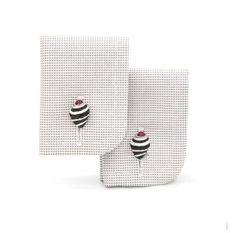 Engina Shell & Ruby Cufflinks