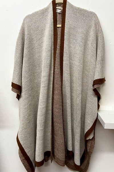 Atlantic sweater poncho, off white