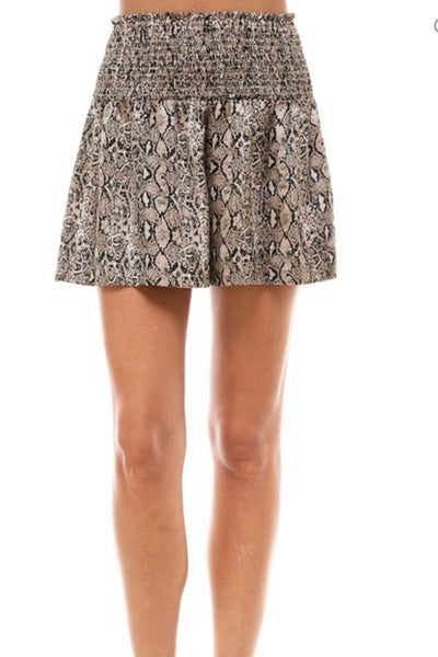 Connelly Shorts, brown snake print