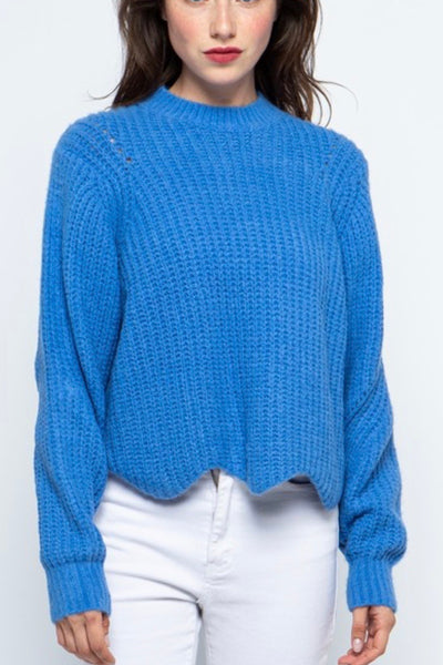 Mammoth sweater, electric blue